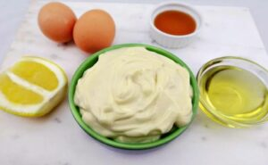 Mayonnaise Egg Apple cider vinegar